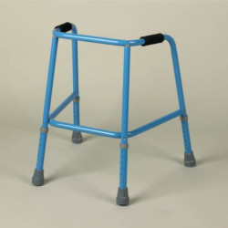 cadre de marche et d ambulateur roulettes matergo. Black Bedroom Furniture Sets. Home Design Ideas