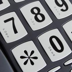 Téléphone touches extra larges