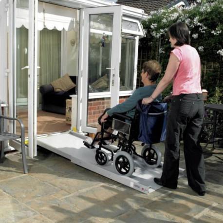 rampe t lescopique longueur maximale 2 m tres. Black Bedroom Furniture Sets. Home Design Ideas